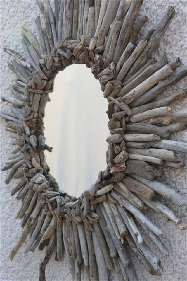 DIY Driftwood Sunburst Mirror