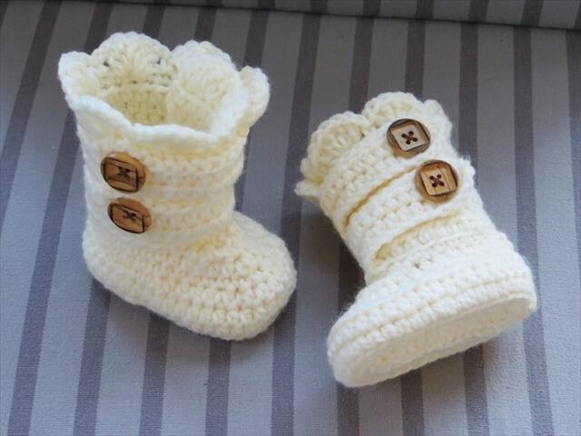 Crochet Baby Boots Pattern