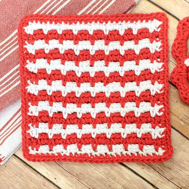 Happy Crochet Dishcloth from Petals to Picots