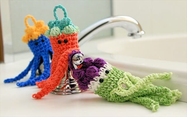Jellyfish Bath Scrubbies