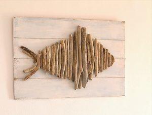 25 DIY Driftwood Ideas