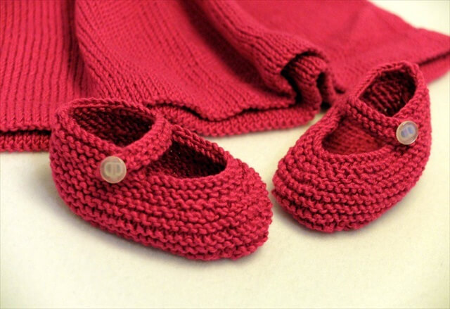 Baby Boots Knitting Pattern Free : 25 Easy Crochet Newborn Baby Booties DIY to Make