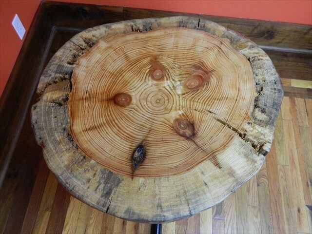Rustic Salvaged Pine Circle Cut Tree Log Slice