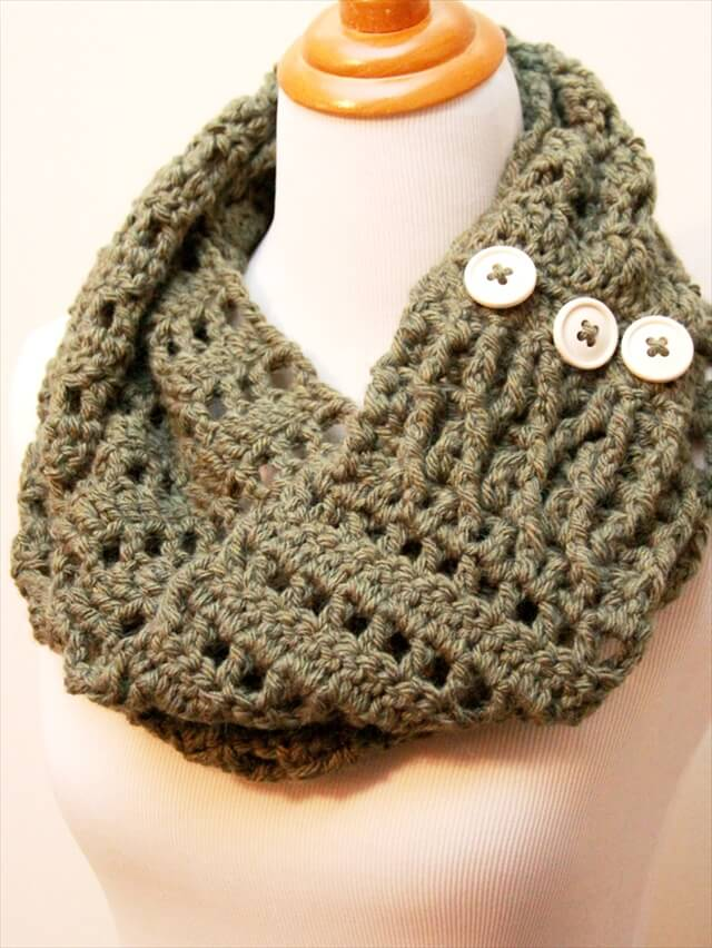 11 Diy Warm Amp Cozy Crochet Scarfs Diy To Make