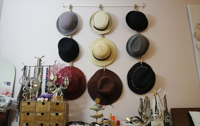 DIY Hanging Hat Organizer