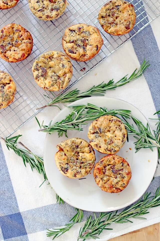 48 Savoury Breakfast Muffins | DIY to Make