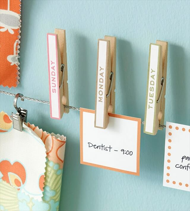 I adore these organizational days-of-the-week clothespins!