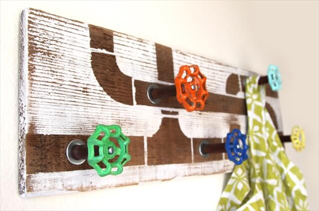 DIY Towel Hooks And Hangers For Every Interior
