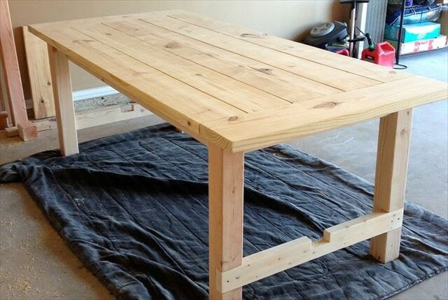 12 cool diy wood project ideas diy to make for Homemade dining room table ideas