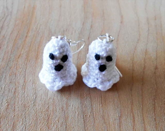 diy awesome ghost earrings