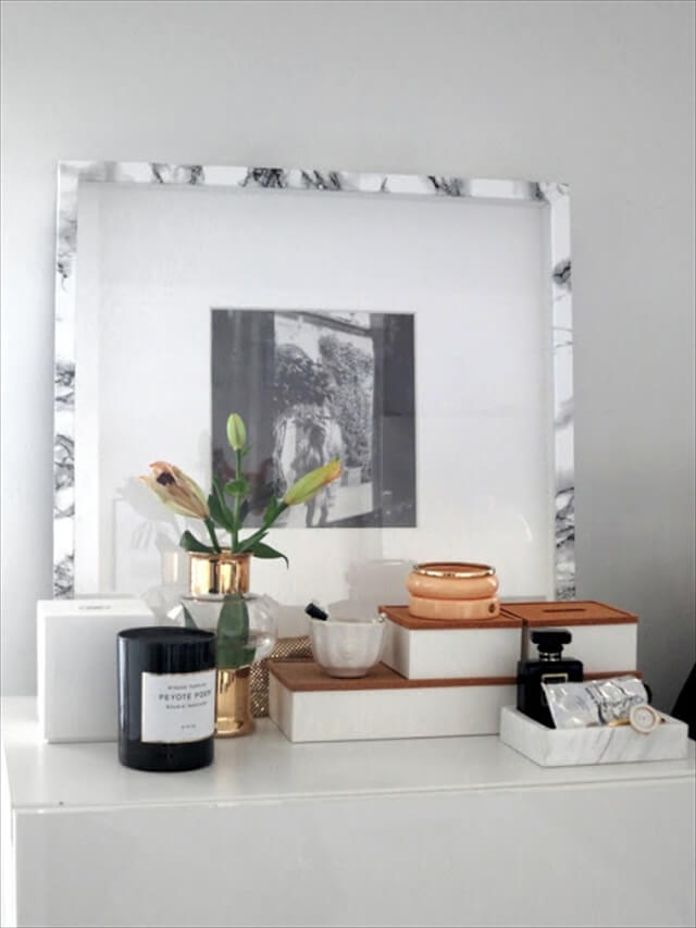 DIY Faux Marble Frame