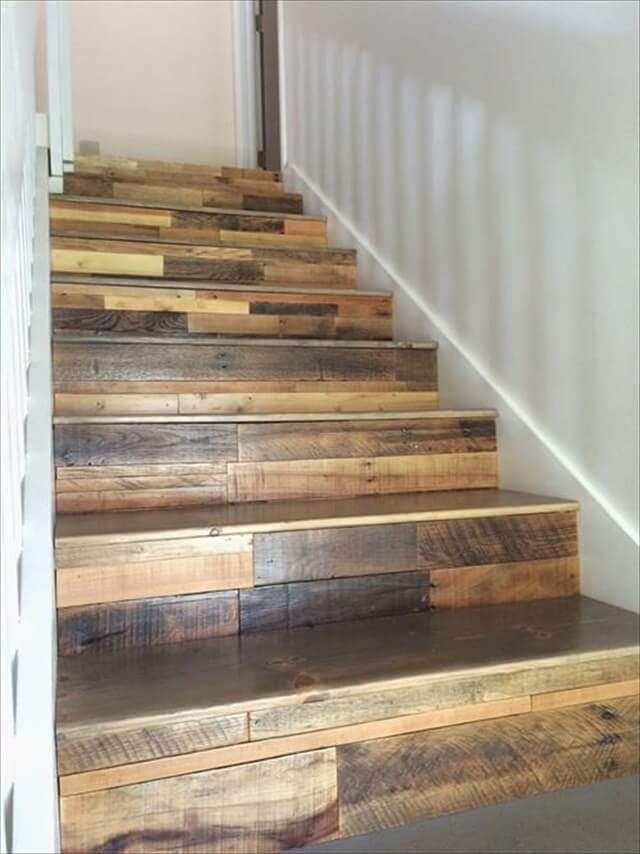 12 DIY Old Pallet Stairs Ideas To Make