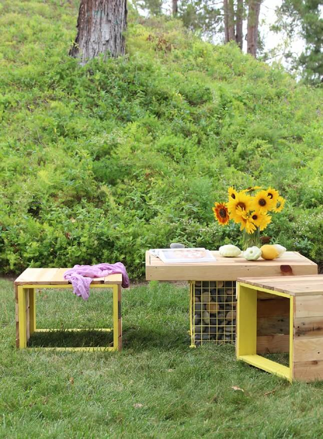 DIY Pallet Wood Bench + Gabion Table: