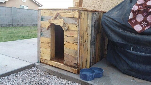 doh house idea from pallets