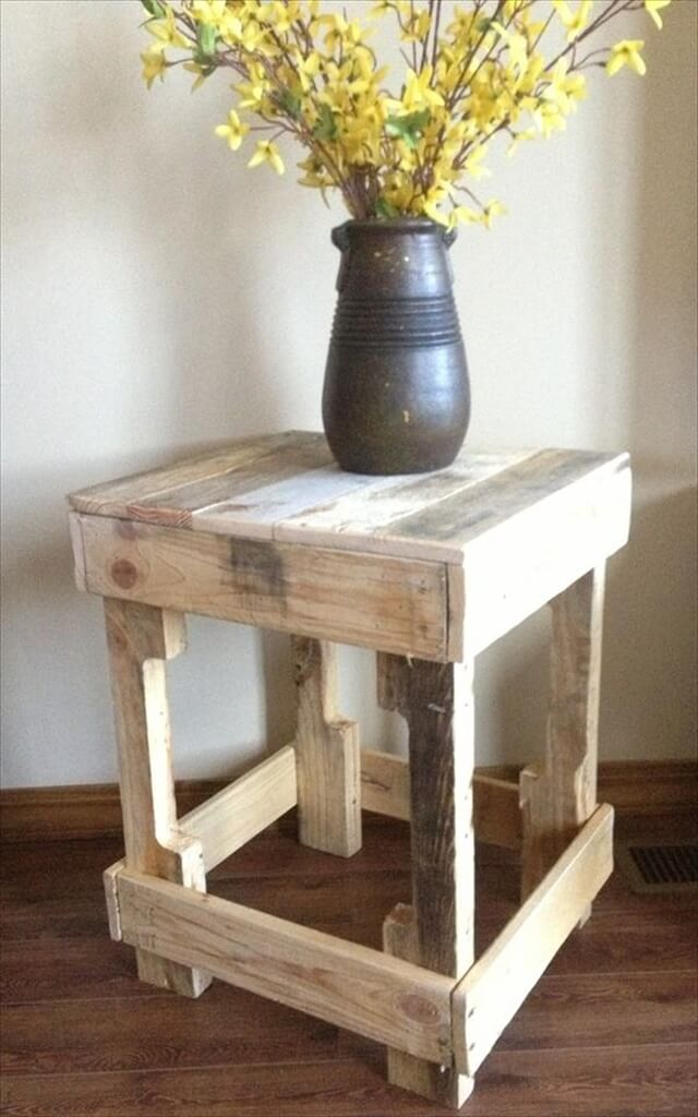 11 DIY Pallet Side Table Ideas | DIY to Make