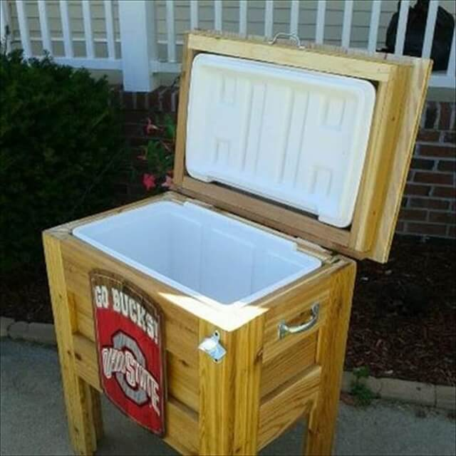 DIY Pallet Handmade Cooler Stand: