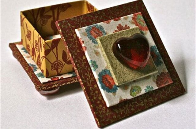 Handmade Square Box In Red & Gold With Glass Heart For Jewelry