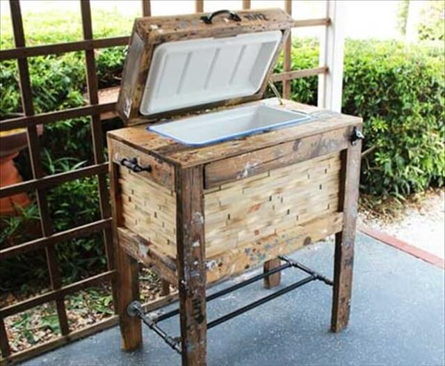 recycled pallets ooler box