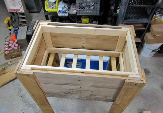12 Diy Pallet Cooler Design