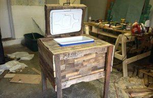 10 DIY Wood Pallet Cooler Design