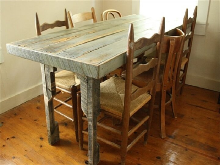 Old Pallet Dining Table
