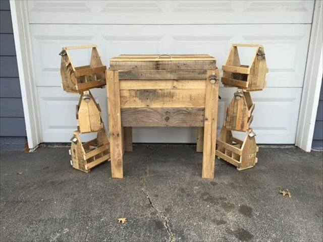 upcycled pallet outdoor party cooler and beverage holders