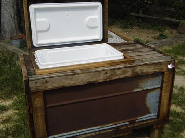 rustic pallet outdoor cooler