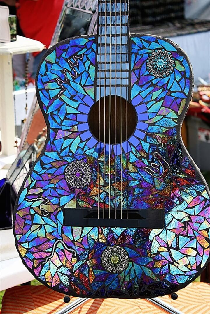 guaitar made from cds,Guitar Adorned In CDs