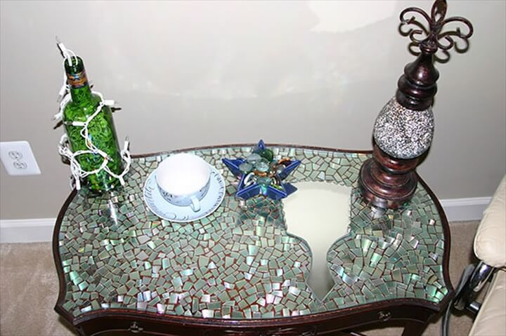 CD Table Top