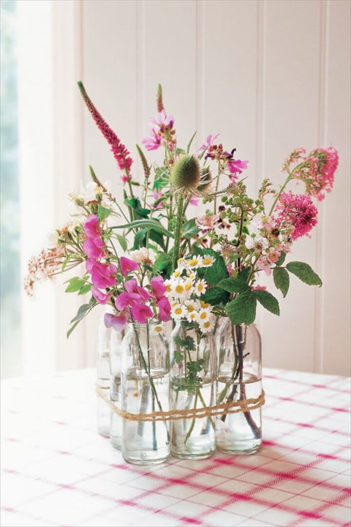 Gorgeous DIY Mason Jar Flower Arrangements are perfect all year around