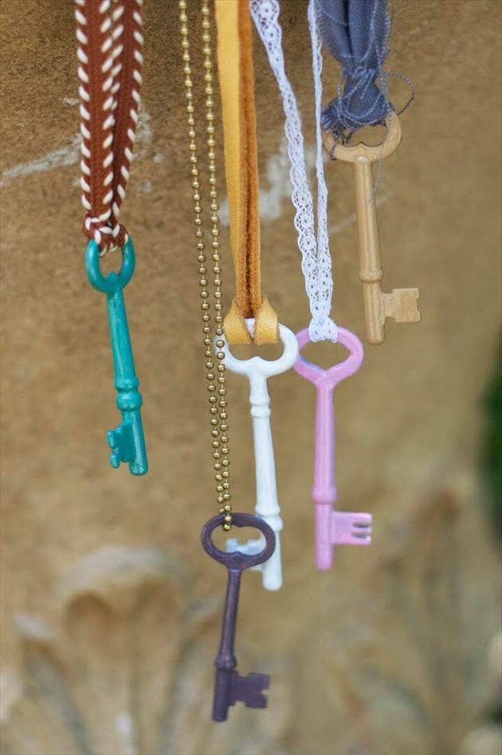 DIY Skeleton Key Wind Chimes