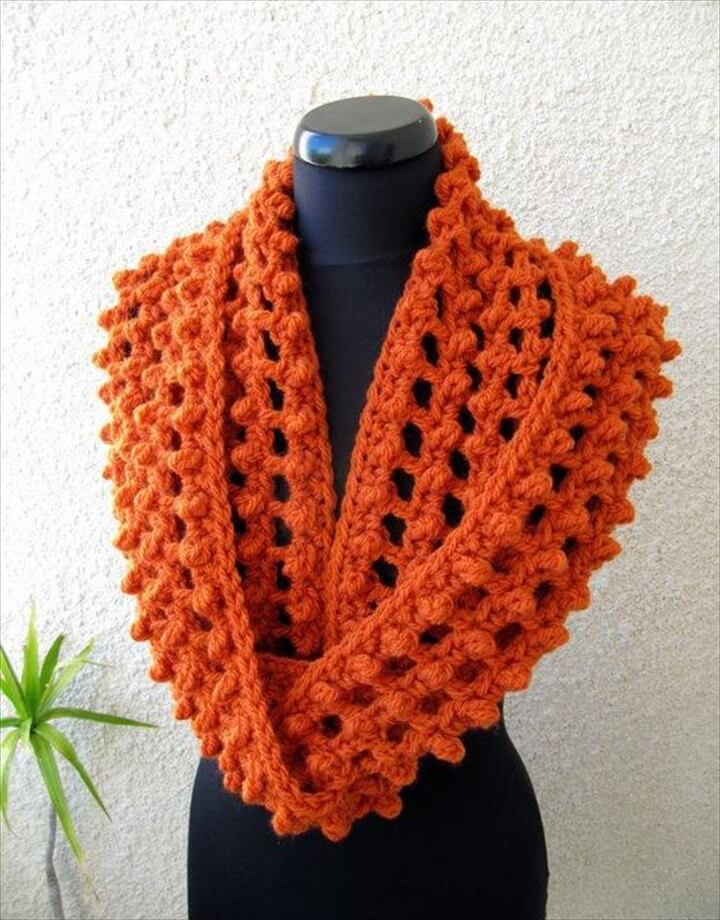 Ribbed Chunky Infinity Scarf