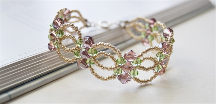 Seed Bead and Glass Bead Flower Bracelet