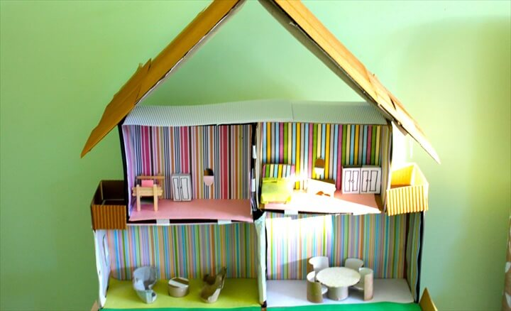 a shoebox dollhouse