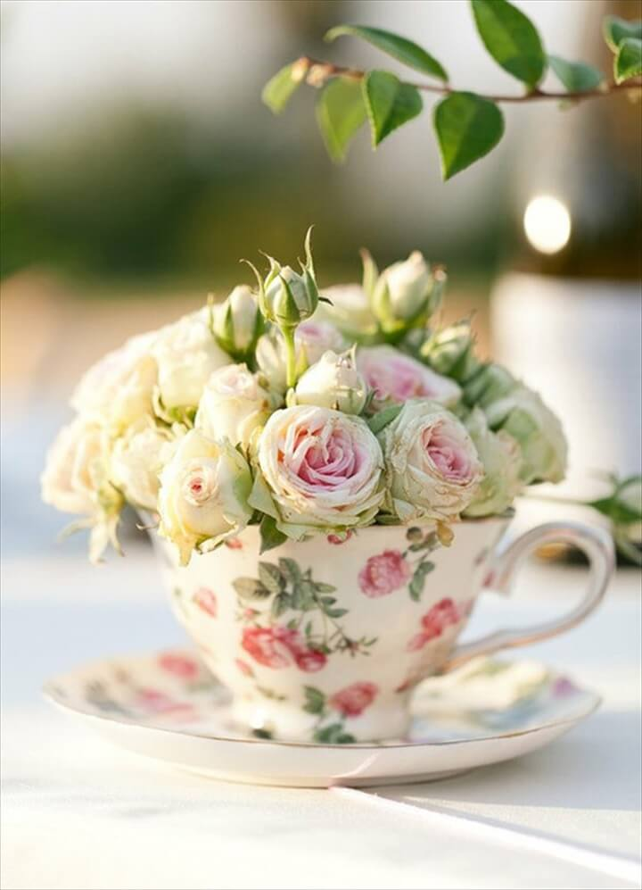 tea cup flower arrangement idea