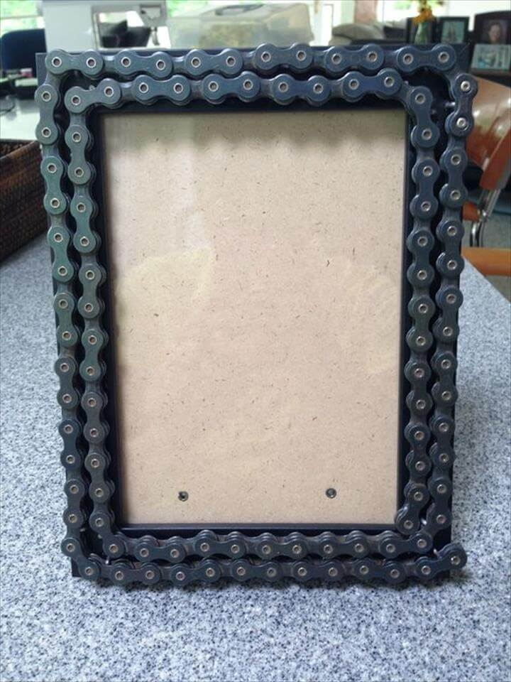 diy bike chain picture frame