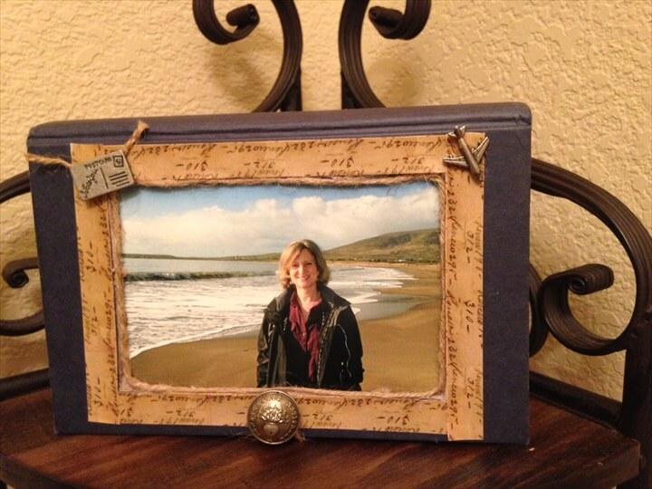 DIY Book Photo Frame