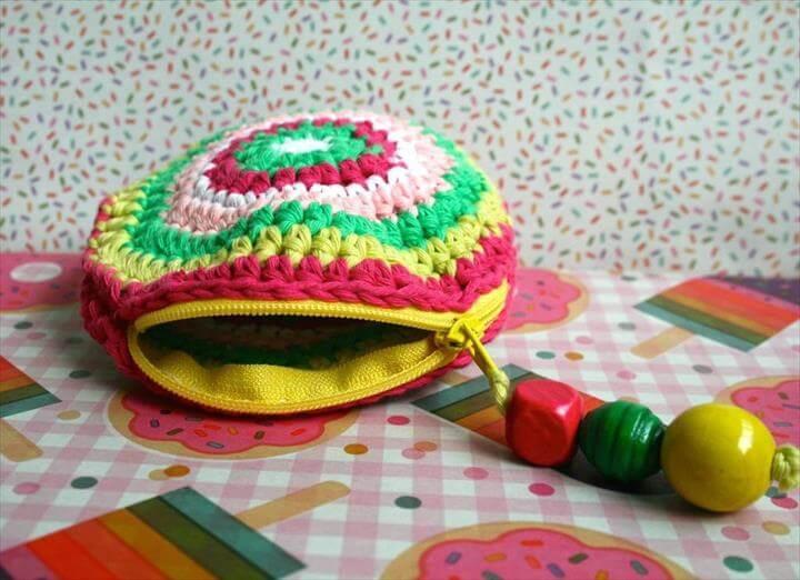 Free Crochet Coin Purse Pattern