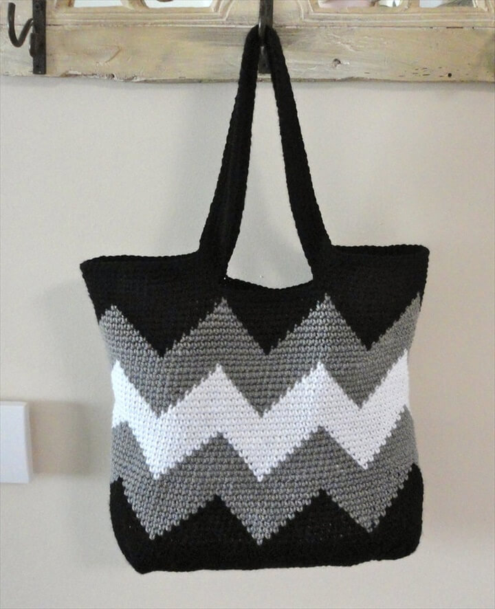 Crochet Bag With Pockets Pattern : 30 Easy Crochet Tote Bag Patterns DIY to Make