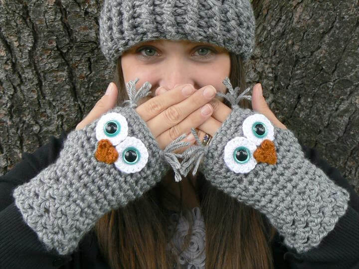 Crochet Owl Fingerless Gloves Wrist Warmers with Aqua Safety Eyes