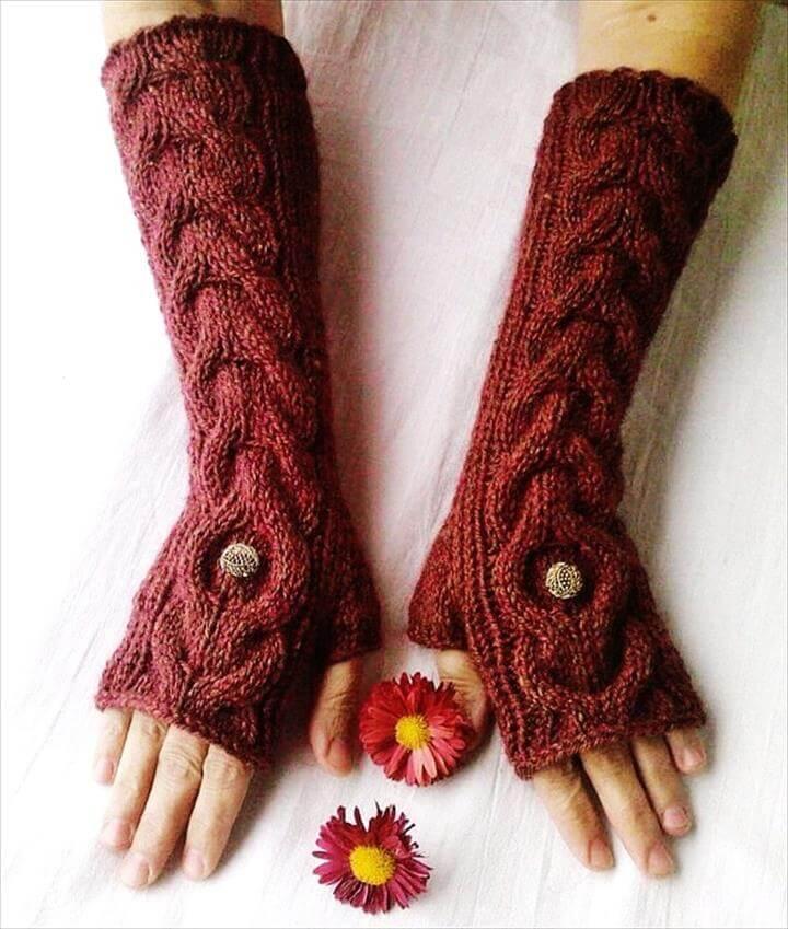 Beginner's Wrist Warmers with Ridges