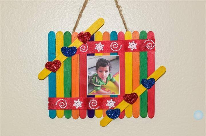 DIY Kids' Photo Frame
