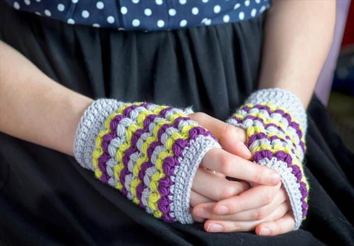 Adorable Easy Fingerless Gloves Crochet Pattern