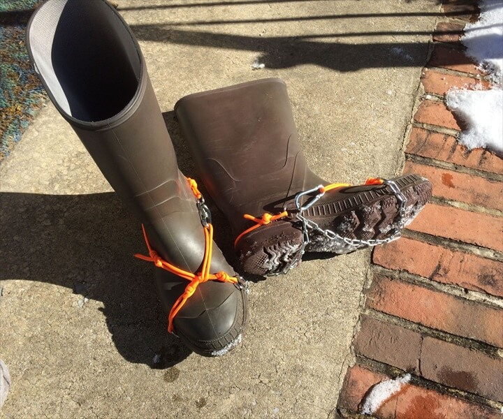 Emergency Crampons for Ice and Snow