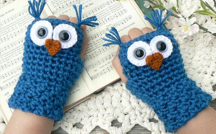 Crochet Owl Fingerless Gloves Wrist Warmers with Gray Safety Eyes and Soft Ocean Teal Acrylic Yarn Woman's Sizes