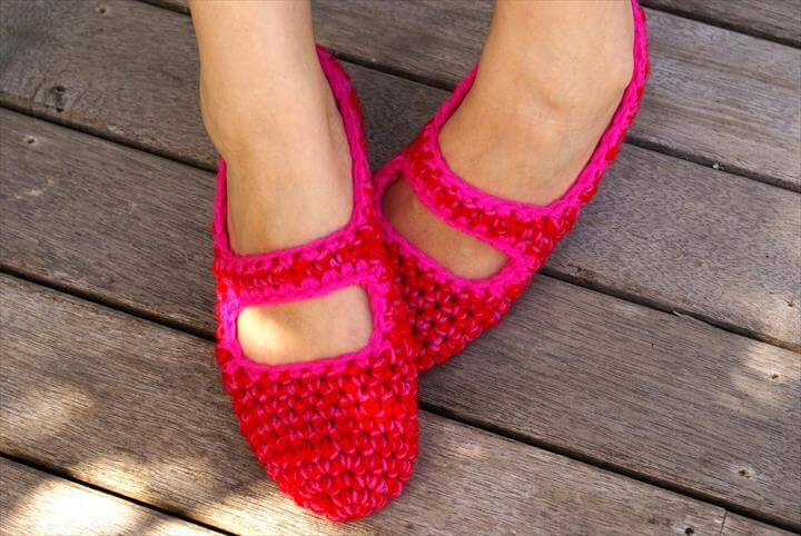 Women's Crocheted House Shoes in Red & Pink