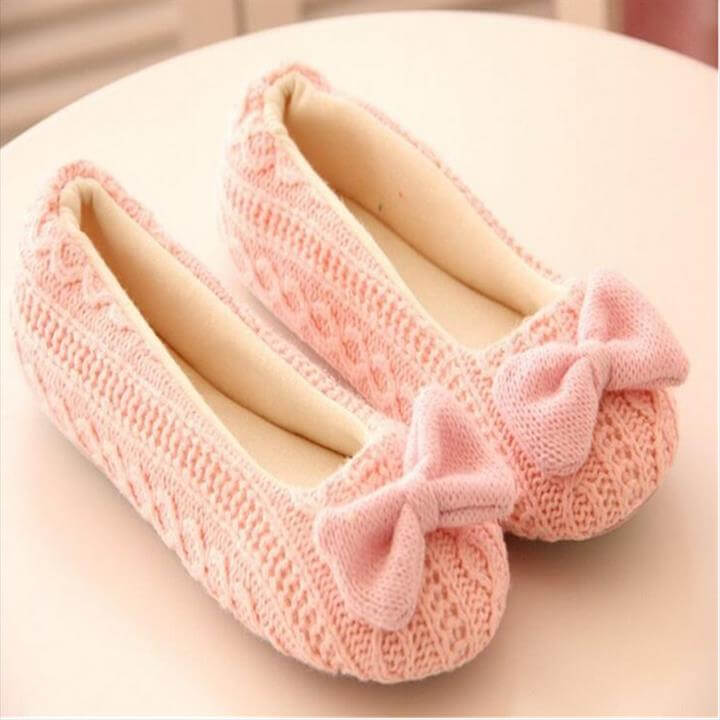 pink crochet bow slippers