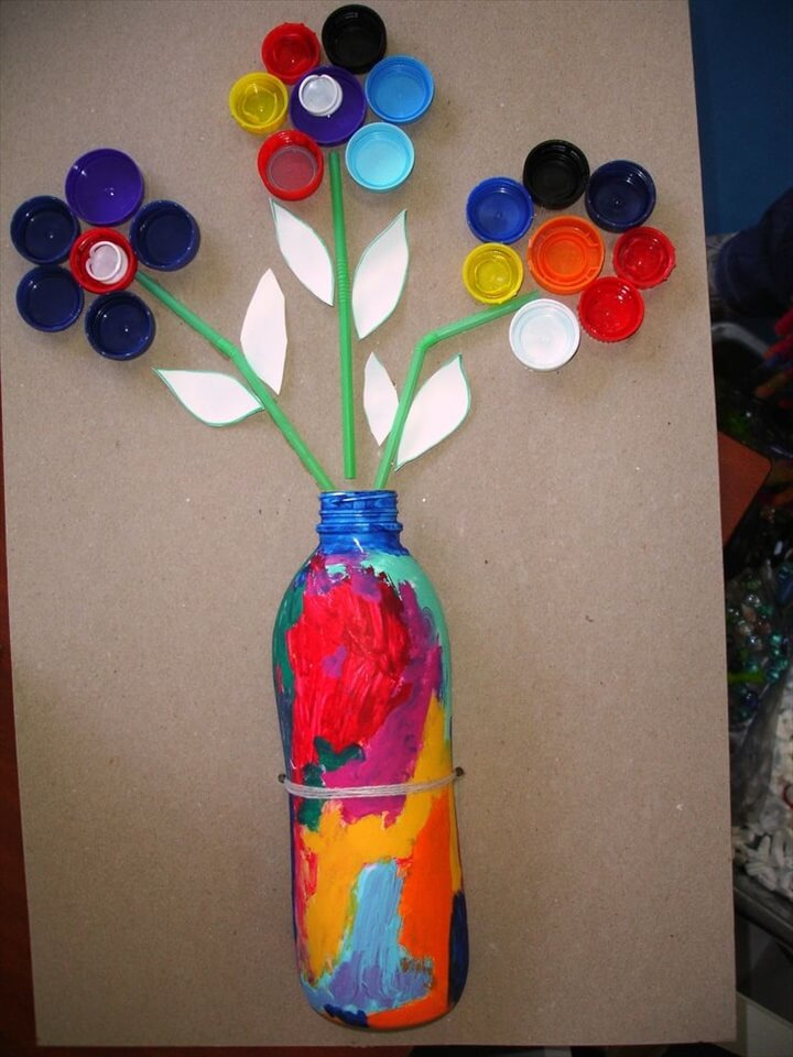 Cute flower project. Use a plastic bottle for the vase and bottle caps for the flower petals. A great recycled craft