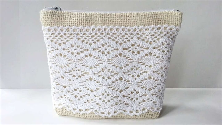 A Pretty Burlap-Lace Purs