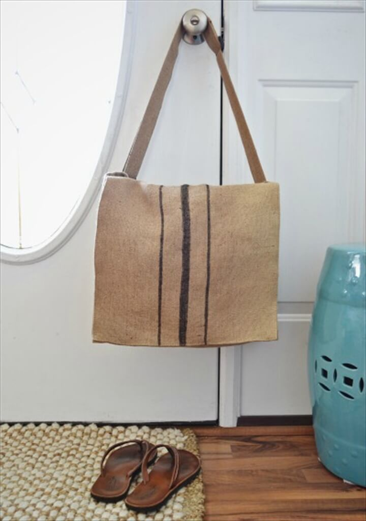 DIY Burlap Messenger bag